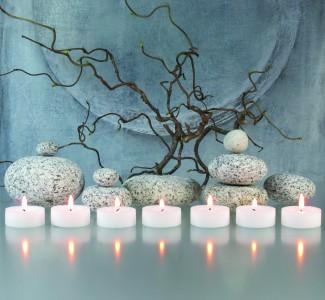 Ayurveda Zweige-, Steine- und Kerzen