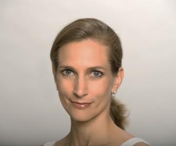 Portrait der Wiener Ayurveda Lehrerin Verena Gayatri Primus